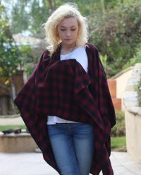 BOandEROS Black and Red Plaid Wrap3